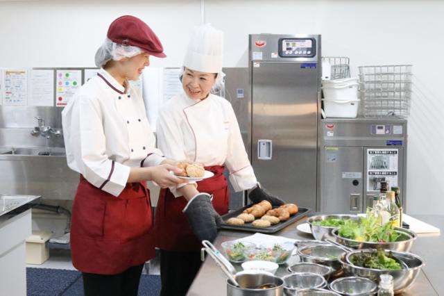 愛知県春日井市内の産婦人科厨房の画像・写真